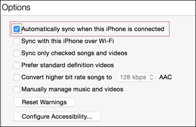 """Automatiškai sinchronizuoti-kai-tai-yra prijungtas """"iPhone"""""""
