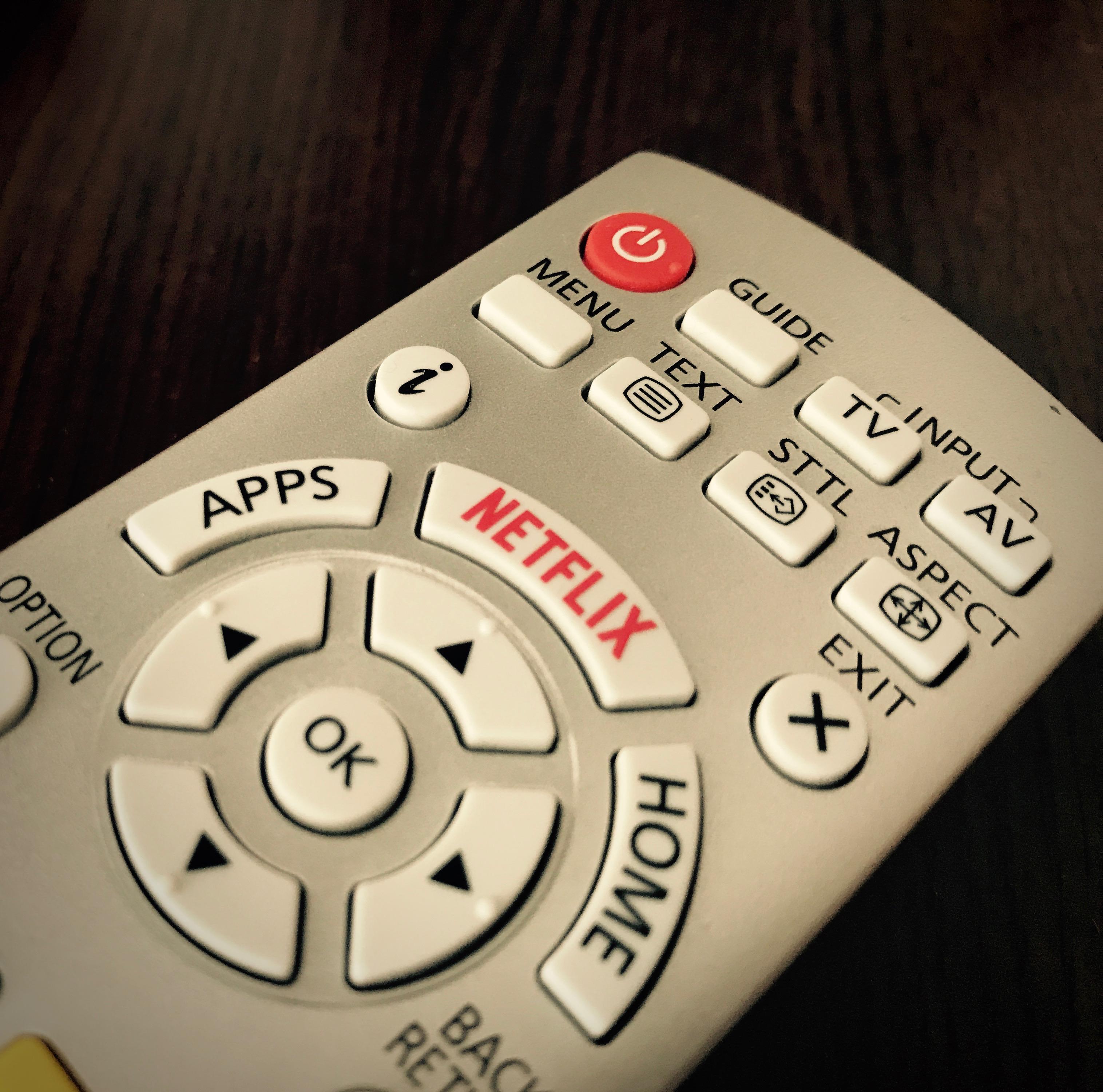 how to change settings on netflix on smart tv